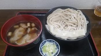 喜久屋 肉汁うどん①.jpg