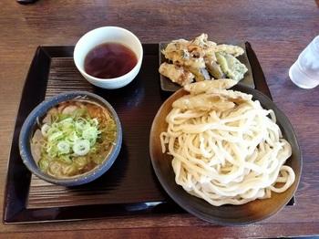 竹國 肉汁うどん①.jpg