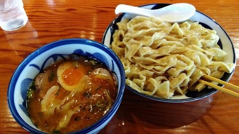 青葉大盛り特製つけ麺(太麺).jpg